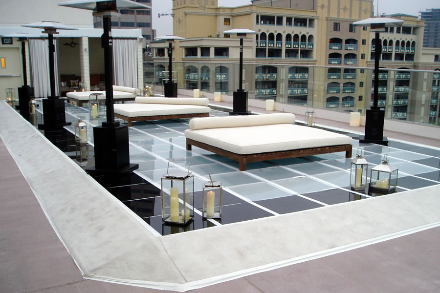 New York Roof Top Feature Commercial Pool Design by Omega Pool Structures, Inc